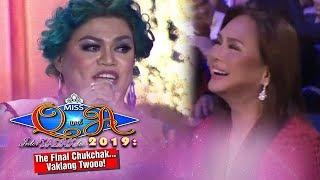 It's Showtime Miss Q & A Grand Finals: Ms Charo Santos laughs at Brenda's joke