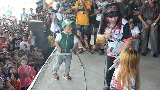 FUnny Cute Na Cute si mahal nakahanap ng love life ..natuliro on stage